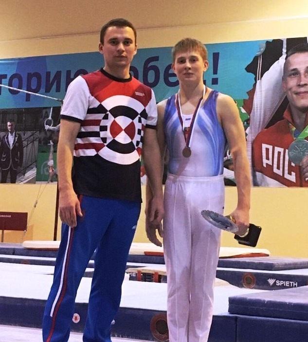 Алексей Рябов с тренером Александром Матвеевы